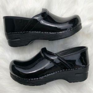 Dansko Girls Patent Leather Clog